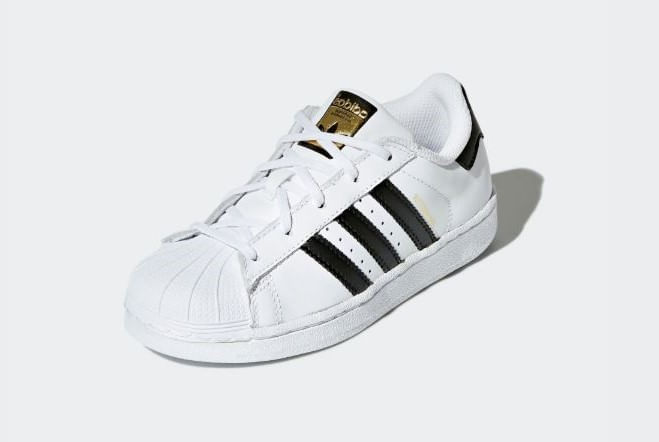 13af1947c7 Tenis Superstar Foundation Adidas - theboxproject